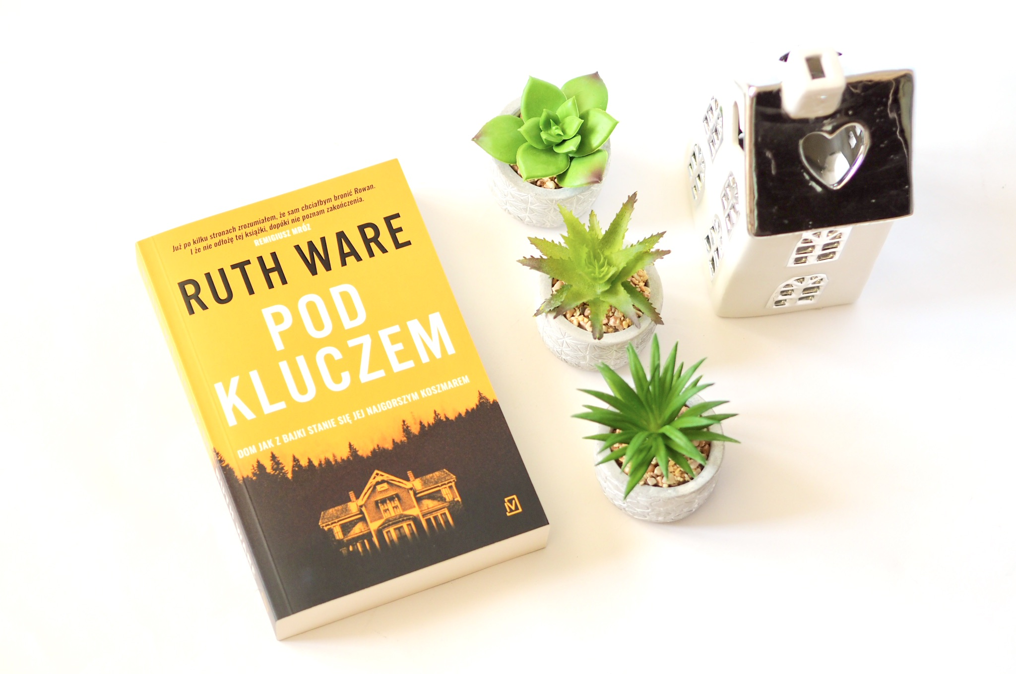 "RUTH WARE ""POD KLUCZEM"""